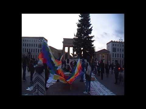 Wiphala-Tanz / #Berlin Solidaridad Internacional con Latinoamerica! 30.11.
