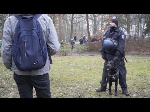 Polizei blockiert NS-Gedenken zugunsten der AfD, Berlin, 25.01.2020