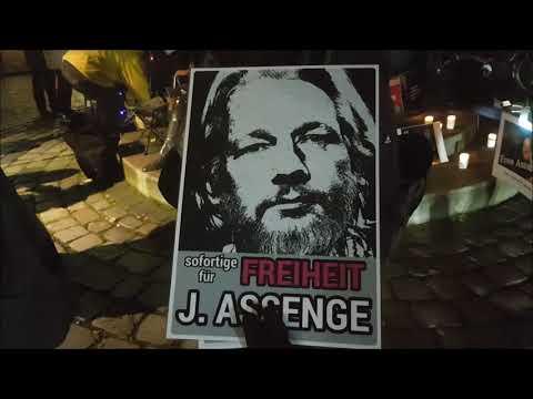 Impressionen von der Mahnwache #FreeAssange #Candles4Assange #Berlin 20.11.2019