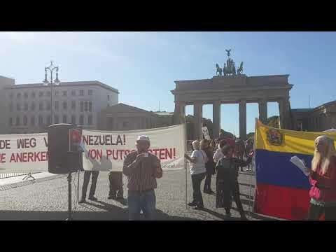 "21.9.2019. Mauro, Partido Comunista Peruano, Berlin - ""Manos furea Venezuela"""