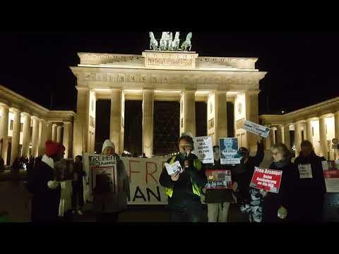 Berlin 30.10.2019 Erklärung #FreeAssange #Candles4Assange / Wöchentliche Mahnwache