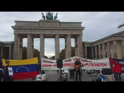 David Rovics 9/11 #Chile #HaendeWegVonVenezuela #Berlin 19. Okt. Brandenburger Tor