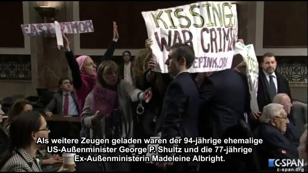 USA: Code Pink versucht Kissinger  zu verhaften wegen Kriegsverbrechen