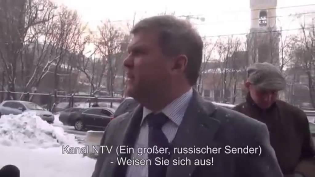 Boris #Nemzow und weitere Oppositionelle besuchen US-Botschaft – Januar 2012