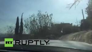 Syrien: Pressekonvoi unter Beschuss – RT-Korrespondenten verletzt