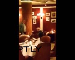 Moskau: Oppositioneller, Putin-Gegner und Sanktionsbefürworter Kassjanow bekommt Torte ins Gesicht