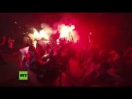 Moskau: Mit Fackeln und Eiern – Protestler versammeln sich vor ukrainischer Botschaft