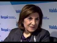Live aus Moskau: Beraterin des syrischen Präsidenten hält Rede über Syriens Zukunft