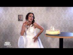 Melania kann nicht blasen! Kerzen aus. – PussyTerror TV