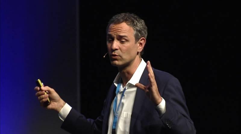 eco2friendly-DAY 18 – Dr. phil. Daniele Ganser
